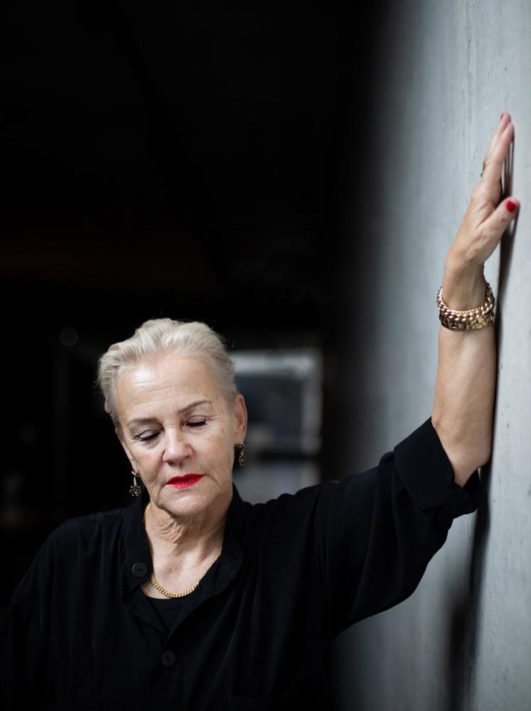 Cornelia Kazis, Buchautorin